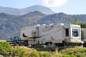 Family RV camping at Arrowhead Point Campground Cabins and RV Park in Buena Vista Colorado
