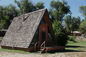 Banderas Bunkhouse pet friendly cabins and full kitchens,  near Salida and Royal Gorge, Colorado