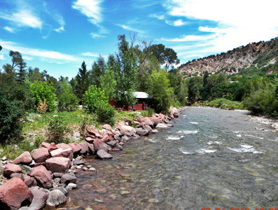 BRB Crystal River Resort Cabins along the Crystal River, Colorado, the cvd