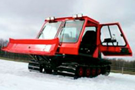 Red snow cat tour at High Canyon Adventures, The Colorado Vacation Directory