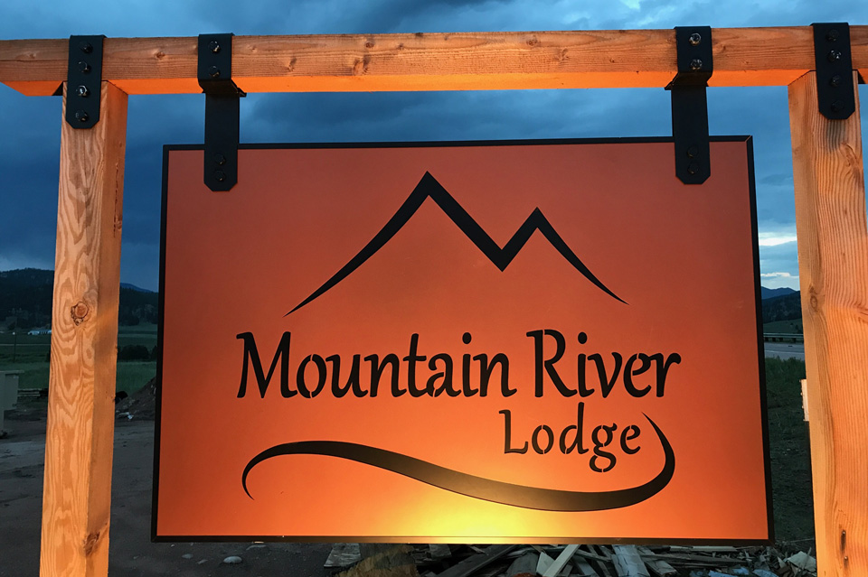 Mountain River Lodge and Luxury Cabin Rentals | Pikes Peak