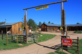 Mule Creek Outfitters enterance, The Colorado Vacation Directory