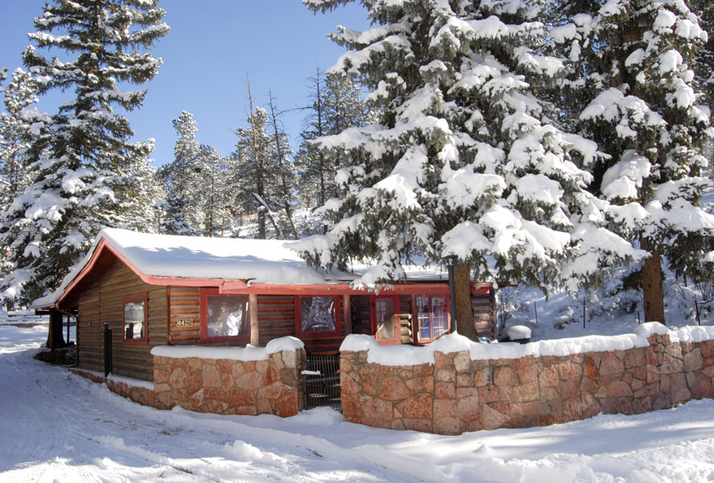 Rocky Mountain Lodge And Cabins Near The Pikes Peak Area, Colorado