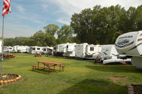Woods & River RV Park & Campground, The Colorado Vacation Directory