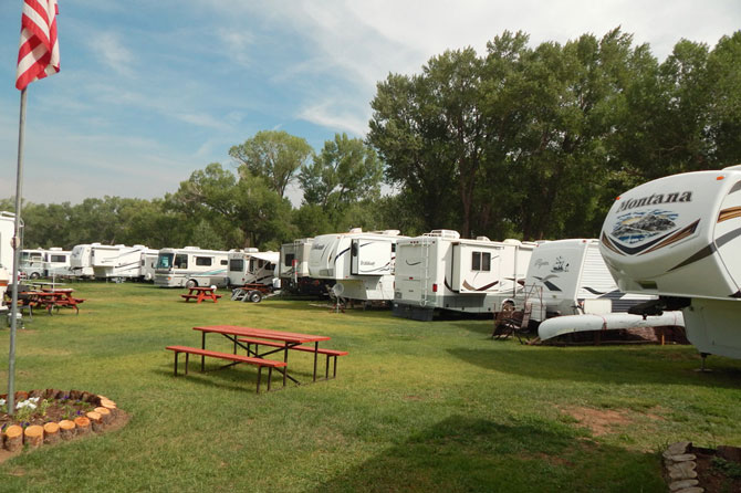 Woods River RV Park Campground In Del Norte Colorado
